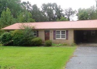 Foreclosed Home in Jackson 38305 OVERHILL DR - Property ID: 4308182175