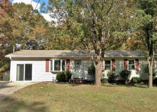 Foreclosed Home in Lexington 38351 PLEASANT HILL RD - Property ID: 4308188310