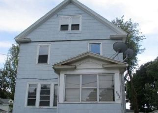Foreclosed Home in Rochester 14621 FERNWOOD AVE - Property ID: 4308248307