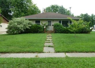 Foreclosed Home in Montevideo 56265 S 12TH ST - Property ID: 4308299111