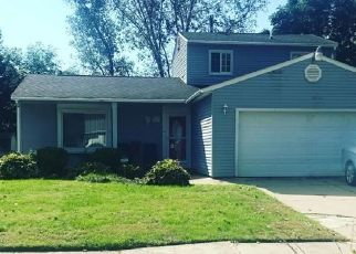 Foreclosed Home in Romulus 48174 BURNING TREE LN - Property ID: 4308329790