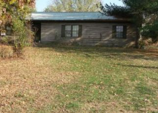 Foreclosed Home in Lancaster 40444 DORA DR - Property ID: 4308334602