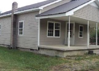 Foreclosed Home in Williamsburg 40769 DAL RD - Property ID: 4308338993
