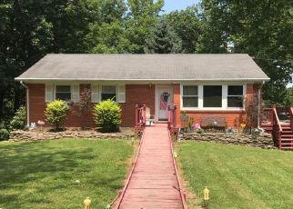 Foreclosed Home in La Grange 40031 DAWKINS RD - Property ID: 4308343803