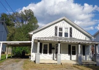 Foreclosed Home in Paintsville 41240 AUXIER AVE - Property ID: 4308345996