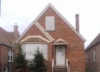 Foreclosed Home in Cicero 60804 S 61ST CT - Property ID: 4308436650
