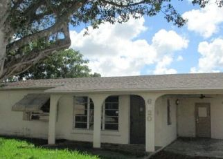 Foreclosed Home in Pompano Beach 33068 SW 15TH ST - Property ID: 4308513286