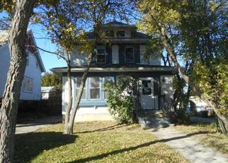 Foreclosed Home in West Bend 53095 S 8TH AVE - Property ID: 4308891252
