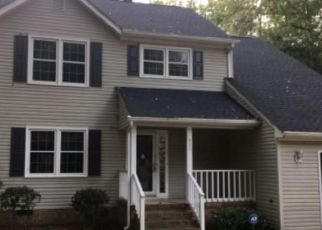 Foreclosed Home in Smithfield 23430 HUNTINGTON WAY - Property ID: 4308902657