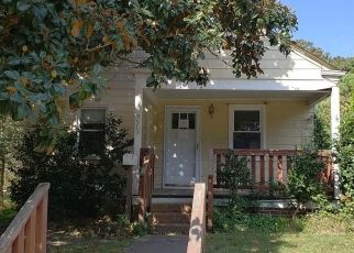 Foreclosed Home in Norfolk 23503 GROVE AVE - Property ID: 4308903522