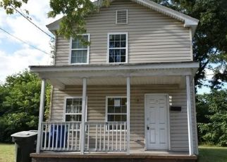 Foreclosed Home in Newport News 23607 20TH ST - Property ID: 4308904848