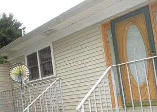 Foreclosed Home in Chesapeake Beach 20732 28TH ST - Property ID: 4308916669