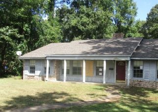 Foreclosed Home in Texarkana 75501 JOHNSON AVE - Property ID: 4308932430