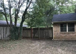 Foreclosed Home in Lindale 75771 HIDE A WAY LN E - Property ID: 4308934171