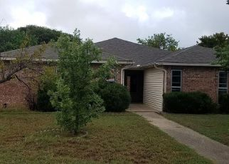 Foreclosed Home in Lancaster 75134 POTOMAC DR - Property ID: 4308952580