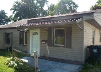 Foreclosed Home in Akron 44314 WATERFORD ST - Property ID: 4309004704