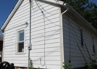 Foreclosed Home in Omaha 68107 S 32ND ST - Property ID: 4309042811
