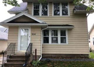 Foreclosed Home in Austin 55912 5TH ST NW - Property ID: 4309079143