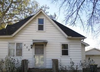 Foreclosed Home in Nicollet 56074 CEDAR ST - Property ID: 4309085730