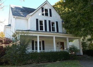 Foreclosed Home in Harrodsburg 40330 E LEXINGTON ST - Property ID: 4309162365