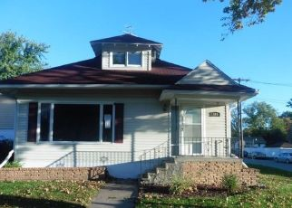 Foreclosed Home in Carlisle 50047 SCHOOL ST - Property ID: 4309197405