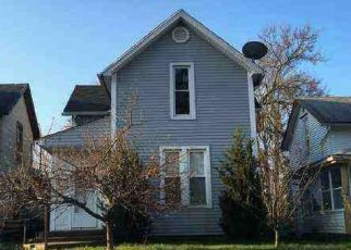 Foreclosed Home in Fort Wayne 46802 ZOLLARS AVE - Property ID: 4309205732