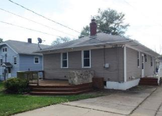 Foreclosed Home in Hammond 46324 MULBERRY ST - Property ID: 4309215810