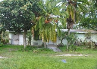 Foreclosed Home in Okeechobee 34972 NW 1ST ST - Property ID: 4309275359