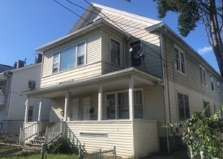 Foreclosed Home in Bridgeport 06608 ARCTIC ST - Property ID: 4309309527