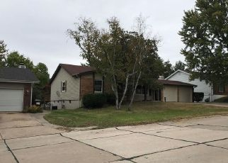 Foreclosed Home in Saint Charles 63304 SUMMERFIELD PKWY - Property ID: 4309401952
