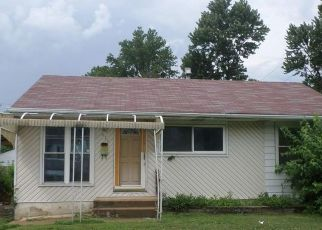 Foreclosed Home in Saint Louis 63137 CAMERON RD - Property ID: 4309412900