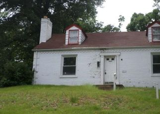 Foreclosed Home in Saint Louis 63121 NELSON DR - Property ID: 4309432598