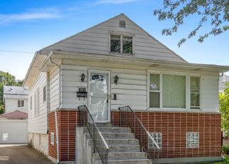 Foreclosed Home in Chicago 60634 N OKETO AVE - Property ID: 4309502227