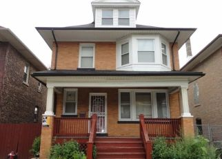 Foreclosed Home in Chicago 60649 E 74TH PL - Property ID: 4309539913