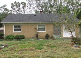 Foreclosed Home in Markham 60428 PARKSIDE DR - Property ID: 4309560485