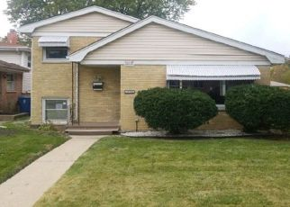 Foreclosed Home in Harvey 60426 VINE AVE - Property ID: 4309567493