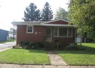 Foreclosed Home in Steger 60475 W 31ST PL - Property ID: 4309587195