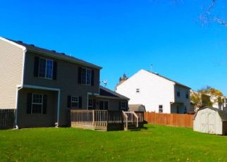 Foreclosed Home in Carol Stream 60188 ROSE AVE - Property ID: 4309590264