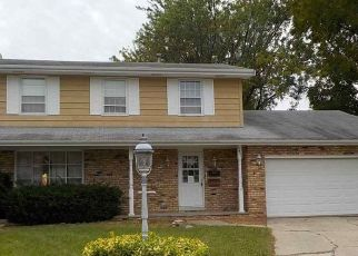 Foreclosed Home in Peoria 61614 N GLEN CT - Property ID: 4309652455