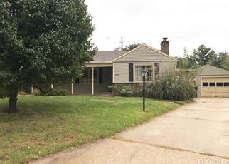 Foreclosed Home in Peoria 61614 N BOURNEDALE DR - Property ID: 4309653336