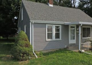 Foreclosed Home in Peoria 61605 W LATROBE ST - Property ID: 4309654203