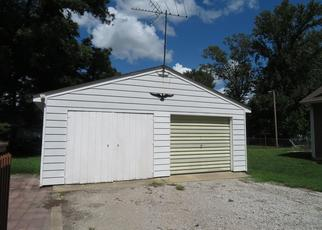 Foreclosed Home in Mascoutah 62258 W CHURCH ST - Property ID: 4309663409