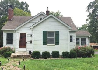 Foreclosed Home in Millstadt 62260 W ADAMS ST - Property ID: 4309664280