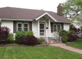 Foreclosed Home in Steger 60475 STELLA BLVD - Property ID: 4309682239