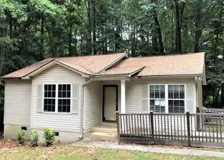 Foreclosed Home in Mooresville 28117 GREENTREE DR - Property ID: 4309709395