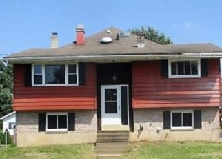 Foreclosed Home in Fleetwood 19522 S RICHMOND ST - Property ID: 4309808824