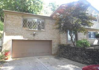 Foreclosed Home in Pittsburgh 15235 HAUCK DR - Property ID: 4309947209