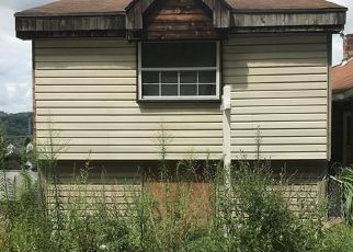 Foreclosed Home in Glassport 15045 MARYLAND AVE - Property ID: 4309961675