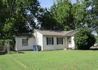 Foreclosed Home in Tulsa 74112 E 4TH ST - Property ID: 4310076418