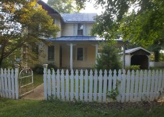 Foreclosed Home in Summit Point 25446 HAWTHORNE AVE - Property ID: 4310090882